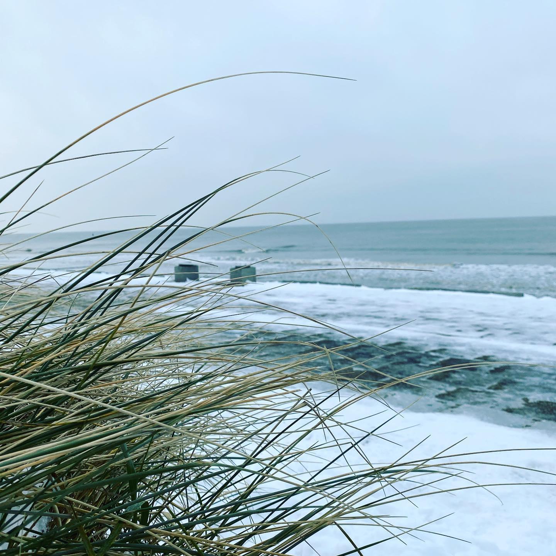 #norderney #nordsee #wintertime #norderneymeineinsel #frozen #norderneyliebe #meer #kaltdraußen #strandspaziergang #wind #winteraufnorderney